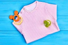 Camisa rayada del algodón para el bebé Foto de archivo
