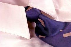 Camisa y lazo de alineada Fotografía de archivo libre de regalías