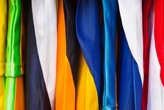 Camisas de deporte coloridas Fotografía de archivo