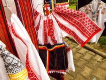 Camisas tradicionais romenas Fotografia de Stock Royalty Free