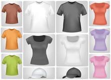 Camisas y casquillos coloreados. Fotos de archivo libres de regalías