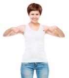 Camiseta blanca en una mujer joven Imagen de archivo