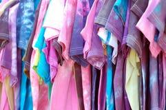 Camiseta colorida Foto de archivo libre de regalías