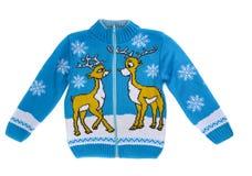 A camiseta feita malha das crianças com uma rena imagens de stock royalty free