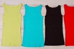 Camisetas de alças bonitos do verão Fotos de Stock