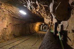 Cammina la vecchia miniera abbandonata Fotografie Stock Libere da Diritti