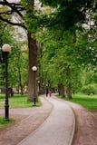 Camminando al parco di Kadriorg Fotografia Stock Libera da Diritti