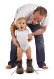 Camminando nei caricamenti del sistema del papà Fotografia Stock