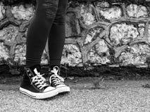 Camminando sulla strada Fotografie Stock
