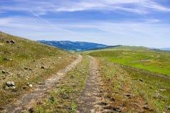 Camminando/traccia di escursione sulle colline di sud San Francisco Bay, San José, California fotografia stock libera da diritti