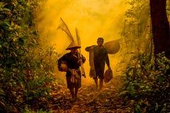Camminare del pescatore Fotografia Stock Libera da Diritti