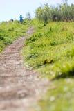 Camminare della collina Fotografie Stock Libere da Diritti