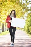 Camminare della giovane donna Fotografia Stock