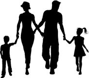Camminare della siluetta della famiglia Fotografie Stock