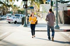 Camminare delle coppie Immagine Stock Libera da Diritti