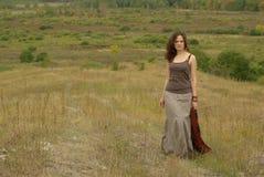 Camminare femminile Fotografie Stock Libere da Diritti