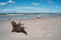 Camminata dal mare. Fotografia Stock