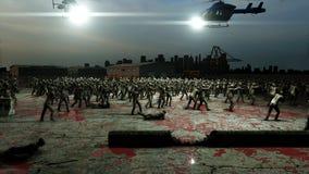 Camminata della folla dello zombie di orrore Vista di apocalisse, concetto rappresentazione 3d Fotografie Stock