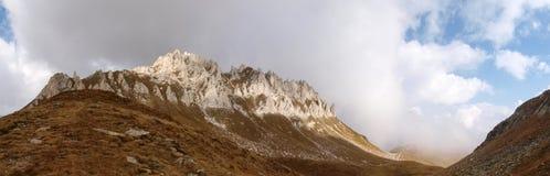 Camminata della montagna Passo Colombe e Passo del Sole Fotografie Stock Libere da Diritti