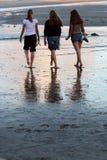 Camminata della spiaggia Fotografia Stock Libera da Diritti