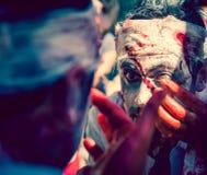 Camminata dello zombie Immagine Stock