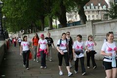 Camminata di Londra per cancro della mammella Immagini Stock Libere da Diritti