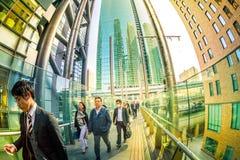 Camminata impiegatizia giapponese fotografie stock