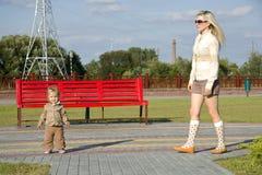 Camminata sul quay Fotografia Stock