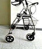Camminatore della persona anziana Fotografie Stock Libere da Diritti