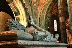 Camoes gravvalv i Santa Maria de Belem i Lissabon royaltyfri fotografi