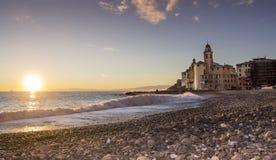 Camogli海岸在日落的 库存图片