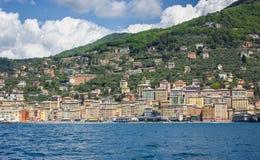 Camogli,利古里亚海岸看法  免版税库存照片