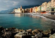 Camogli de la pequeña ciudad en Génova Liguria Foto de archivo libre de regalías