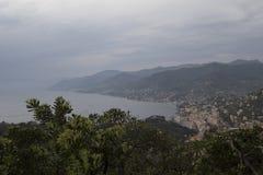 Camogli della Liguria e bella vista sulla città e sul mare Fotografia Stock Libera da Diritti
