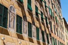 Camogli, Gebäude in der Mitte, neoklassisch stockbild