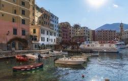 Camogli turist- semesterort i Liguria royaltyfri fotografi