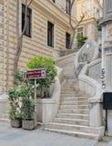 Camondo跨步,导致加拉塔塔的一层著名步行楼梯,被建造大约1870, Ä°stanbul,土耳其 免版税库存图片