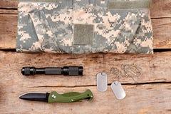 Camouflage et accessoires d'armée de soldat Image stock