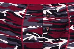 Camouflage Gedrukte Borrels bij dag stock afbeelding