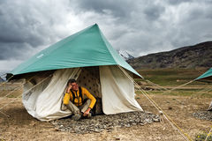 Camp. Tourist in camp on Himalaya mountain Royalty Free Stock Images