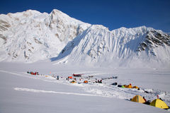 Camp de base de Denali, Alaska Photos stock