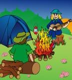 campa afton för campfire Royaltyfri Bild