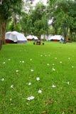 Campa för Tent Royaltyfri Bild