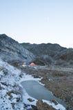 Campa i berg Arkivfoto