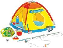 Campa tält av en turist Royaltyfri Foto