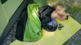 Campa tält för barn lager videofilmer