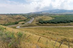 Campagna e le montagne della Galilea nella valle di hula Immagini Stock Libere da Diritti