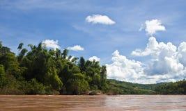 Campagna intorno al fiume di Nam Ou Fotografie Stock Libere da Diritti