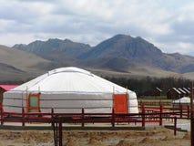 Campagne et yurts mongols Photos libres de droits