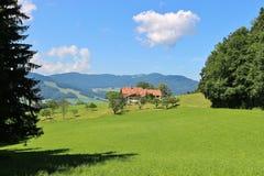 Campagne idyllique en Bavière, Allemagne Image libre de droits
